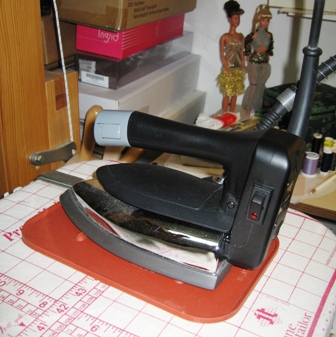 A Gravity Feed Iron